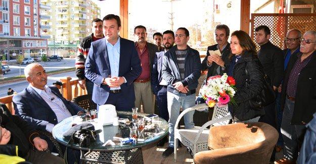 İlçe Teşkilatı, Gazetecilerle buluştu