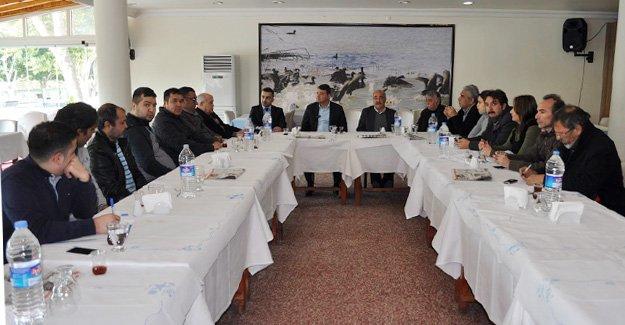 Turgut'dan Festival öncesi basın toplantısı