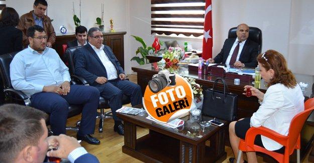 Başkan Çetin, Tıp çalışanlarını ziyaret etti