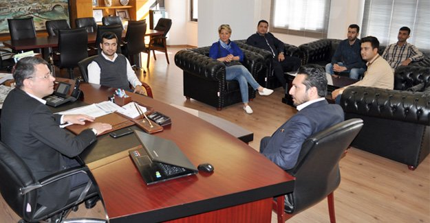 Gençlik Kollarından Başkan Turgut'a ziyaret