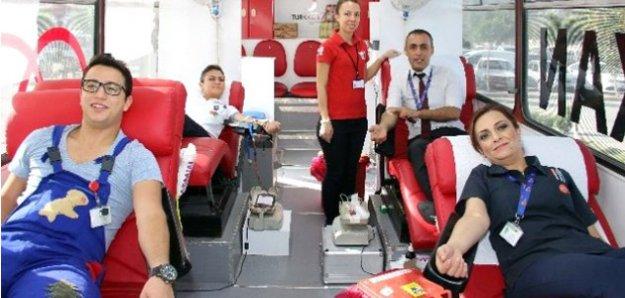 Kan Bağışı Yapana Madalya