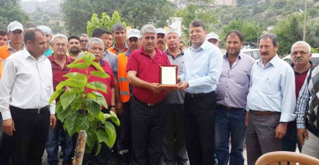 Karahacılı Sakinleri, Silifke Belediyesini Ödüllendirdi