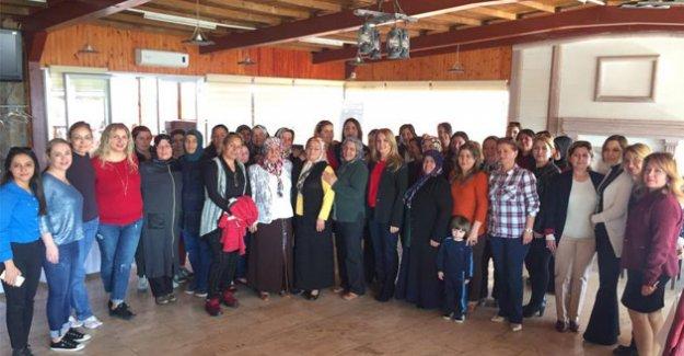MHP Silifke Kadın Kolları Kahvaltıda buluştu