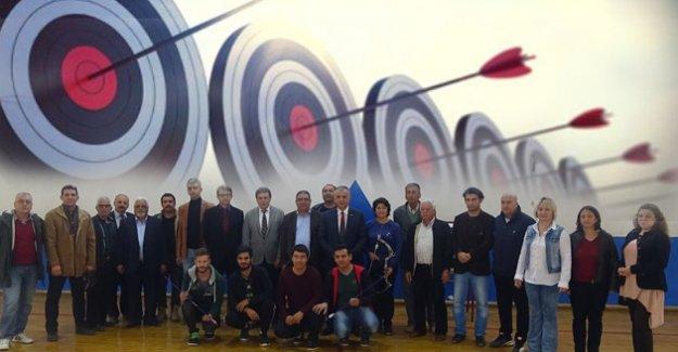 Silifke'de ilk kez okçuluk kursu açıldı