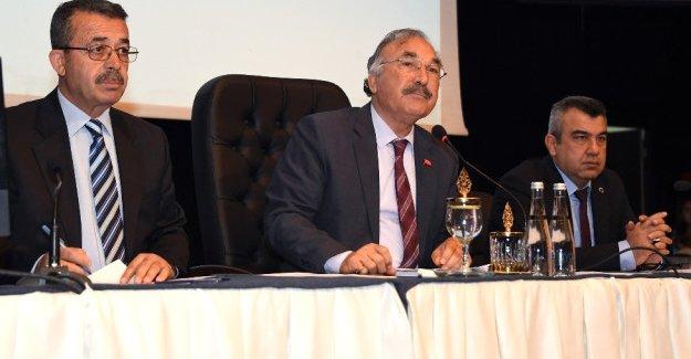 Büyükşehir'den Festivale 300 bin lira destek