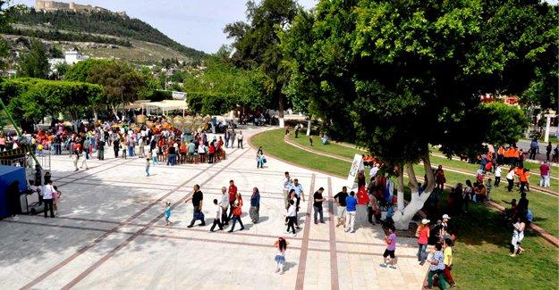 Silifke Belediyesi, parklara önem veriyor