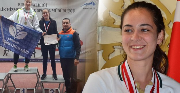 Silifkeli Şükran, Ciritte bronz madalya aldı