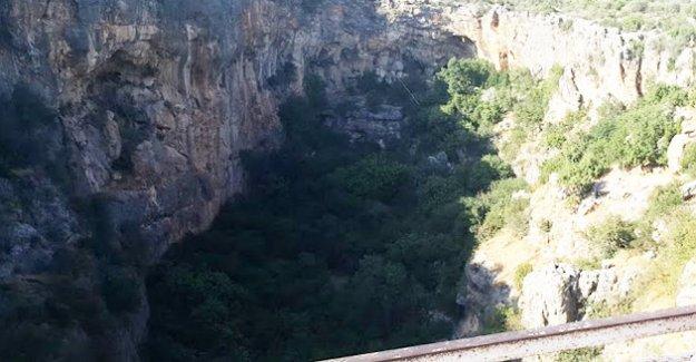 """462 Basamaklı """"Cennet"""" turistlerin akınına uğruyor"""