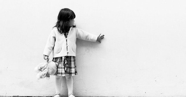 Çocuklara küçük yaşlarda mahremiyet sınırları öğretilmeli