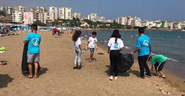 Silifke Ülkü Ocakları Silifke sahillerini temizledi