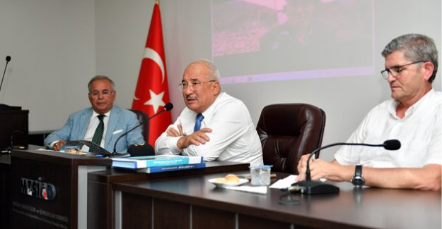 """Başkan Kocamaz """"Biz Mersin Halkı Adına, Mersin'in Menfaatlerini Korumakla Mükellefiz"""""""