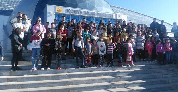 Silifke Ailem Projesi'nde Yer Alan Öğrenciler Konya'da