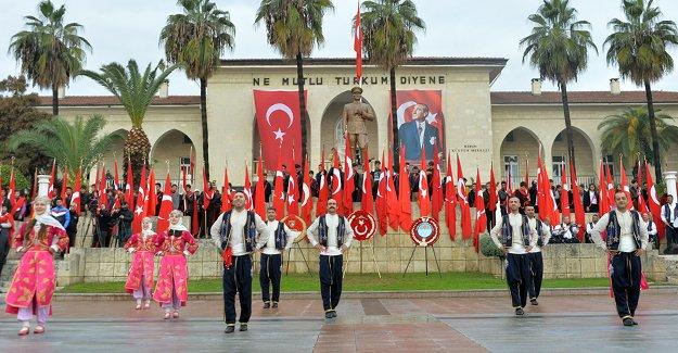 Mersin'in Kurtuluşun 97.Yılı Coşkuyla Kutlandı