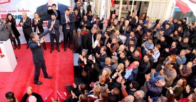 CHP Silifke adaylarını davullu zurnalı törenle tanıttı