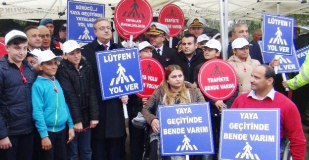 Yol vermessen 488 lira ceza kesilecek