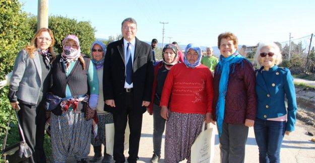 Başkan Turgut'tan tarım emekçilerine ziyaret