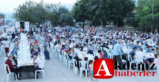 MEDMAR ve Silifke Belediyesi'nden iftar yemeği