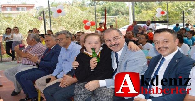 Silifke'de İlk Öğretim Haftası Kutlaması