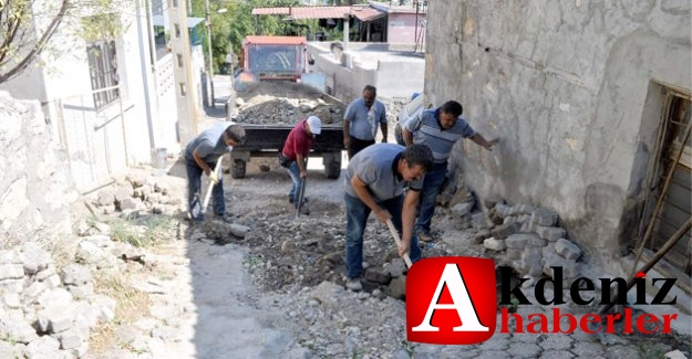 Camikebir mahallesinde parke çalışmaları sürüyor