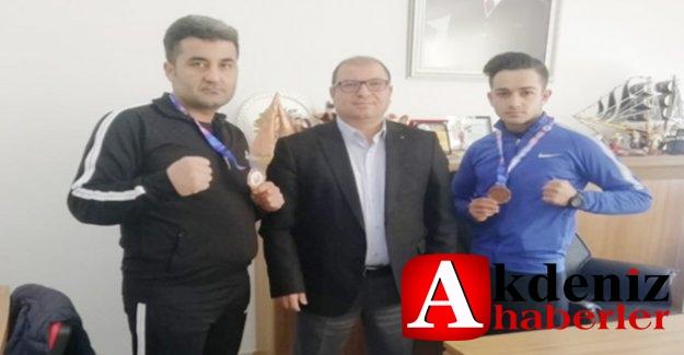 Silifkeli sporcular Muaythai'de Türkiye şampiyonu oldu