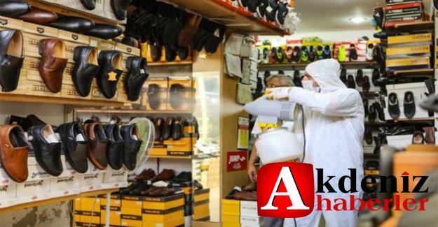 Büyükşehir, Zafer Çarşısı'nda Düzenli Dezenfeksiyon Çalışması Yapıyor