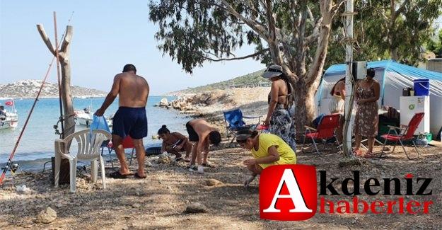 Tatilcilerin Pisliğini Yine Tatilciler Topluyor
