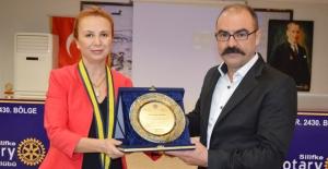 Rotary Meslek Hizmet Ödülü Akdemir'in Oldu