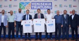 Triatletler Mersin-Yenişehir'de Sahaya İniyor