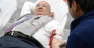 Başkan Kocamaz, kan verdi