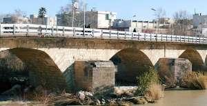 Mecliste Taş köprü tartışması