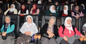 Kadınlar sinema ile tanıştı