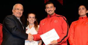 Mersin Büyükşehir, Spora yatırım yapıyor