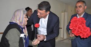 Turgut, Yaşlılar Haftası'nı huzurevinde kutladı