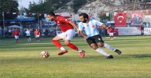 Fındıkpınarı Futbol Turnuvası'nın Şampiyonu Emirler